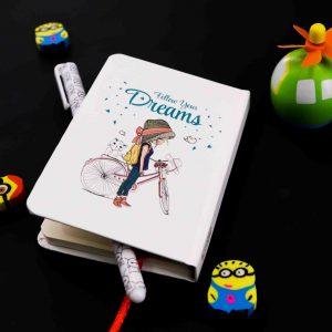 دفترچه یادداشت رویاها کوچک